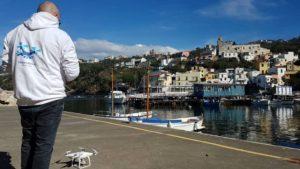Matteo Arces con drone DJI Phantom 4 a Sorrento